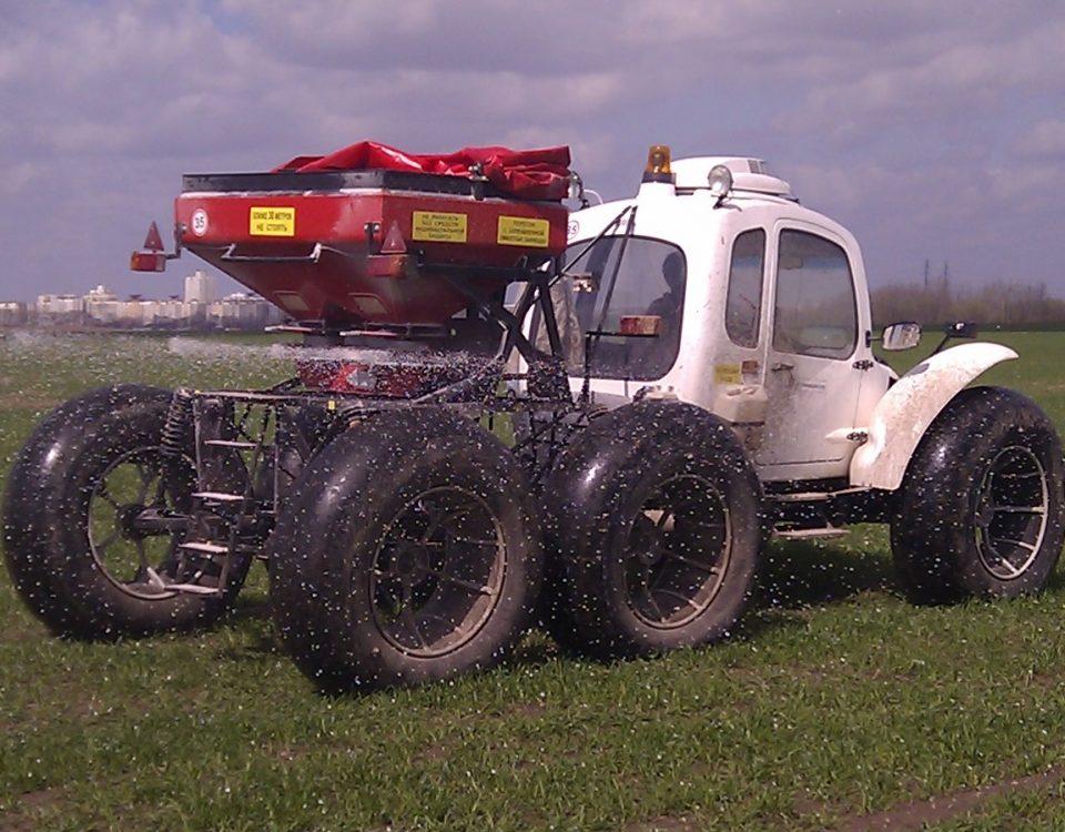 Машина для внесения твёрдых удобрений МВТУ «ROSA»