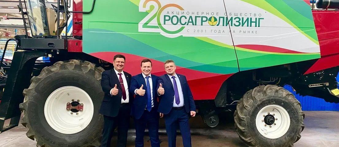 Александр Сучков посетил брянских сельхозмашиностроителей