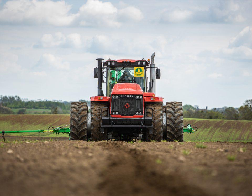 Российские аграрии «забронировали» более 1,6 тысяч единиц сельхозтехники